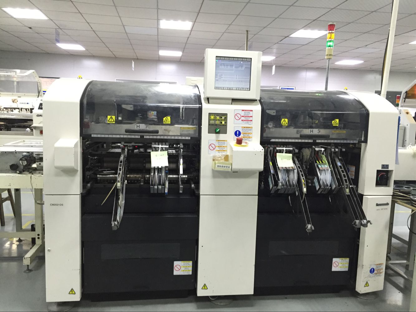 High-speed Pick-and-play SMT Machines